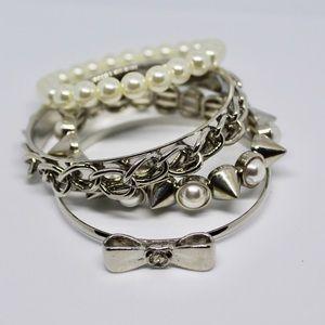 🚨5/$20 Silver bracelet set